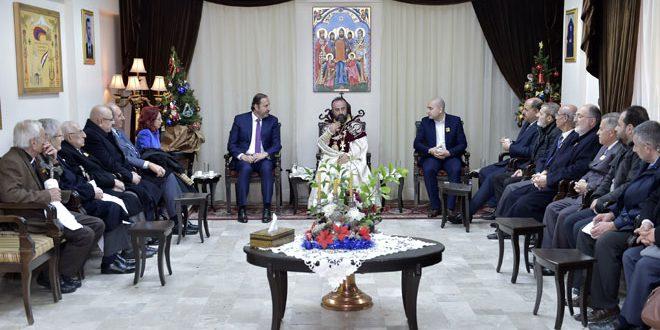 Photo of بتكليف من الرئيس الأسد.. عزام يقدم التهاني للطائفة الأرمنية الأرثوذكسية بمناسبة عيد الميلاد المجيد