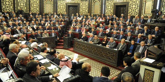 Photo of خميس: الحكومة تواصل العمل على تأمين مستلزمات الصمود في مواجهة الإرهاب