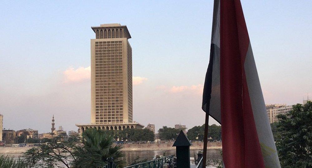 Photo of القاهرة تحذر واشنطن من نتائج التدخل التركي في عفرين