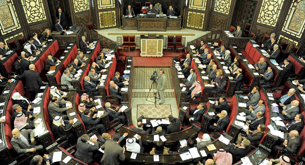 Photo of مجلس الشعب يقر قانونا جديدا خاصا بتحديد الرسوم على الأعمال القنصلية خارج سورية