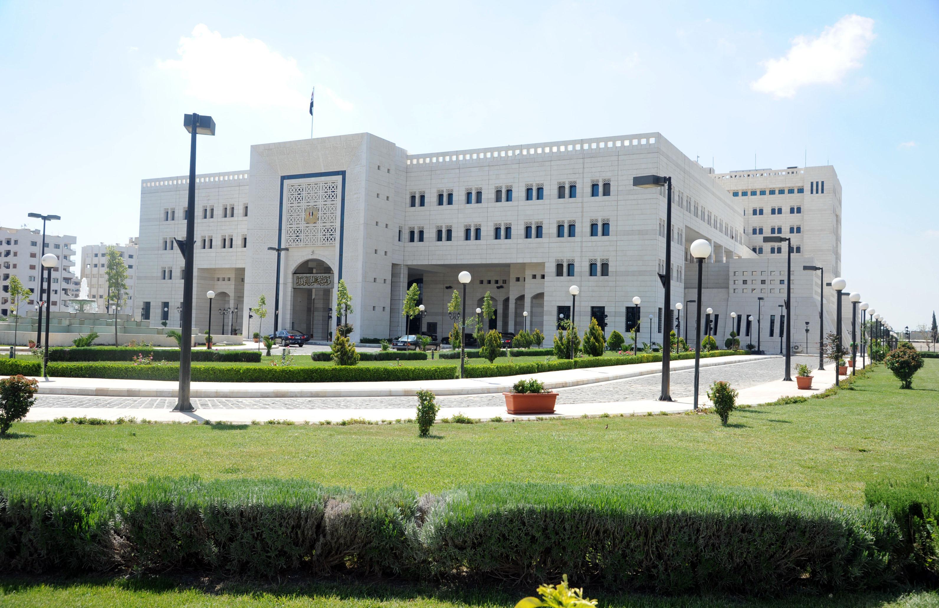 Photo of مشروع قانون يمنح معاون الوزير جزءاً من صلاحيات الوزير