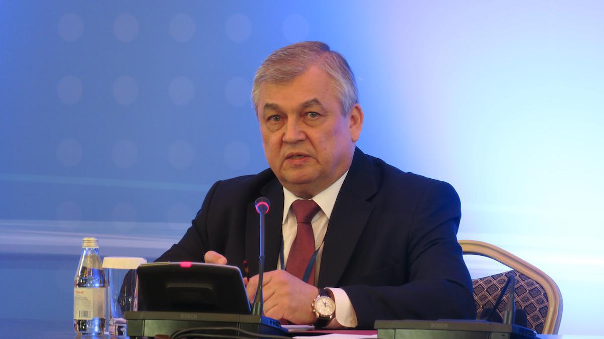 Photo of لافرينتييف: مؤتمر الحوار الوطني السوري في موعده وتم الاتفاق على المشاركين فيه
