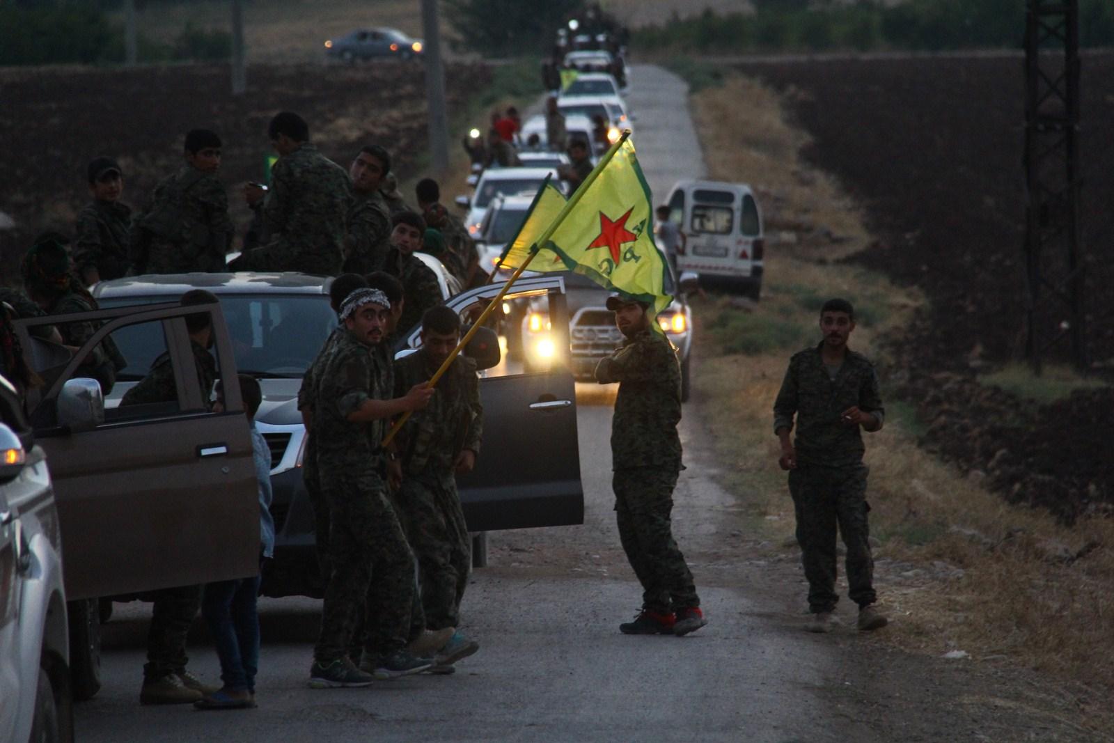 "Photo of ""حماية الشعب"": التعزيزات قادمة إلى عفرين والخروقات التركية محدودة ولا قيمة لها"
