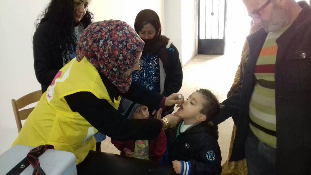 """صورة حملة لقاح شلل الأطفال """"تحت الوطنية"""" تستهدف ٢٣٠ ألف طفل بالحسكة"""