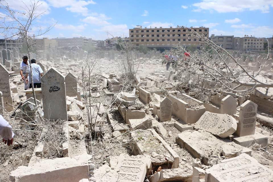 Photo of جهود لنقل 5500 قبر عشوائي بحلب إلى المقبرة الحديثة