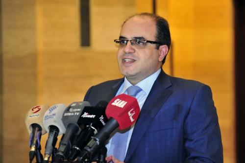 Photo of وزير الاقتصاد: خطوات جديدة لحماية المنتج الوطني