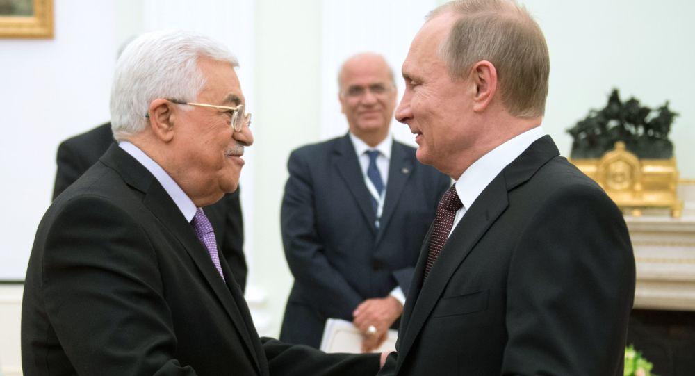 """صورة عباس لبوتين: نرفض التعاون مع الولايات المتحدة كوسيط وحيد للتسوية """"الفلسطينية – الإسرائيلية"""""""