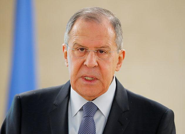 صورة لافروف متحديا أميركا: القرم ستبقى مع روسيا للأبد