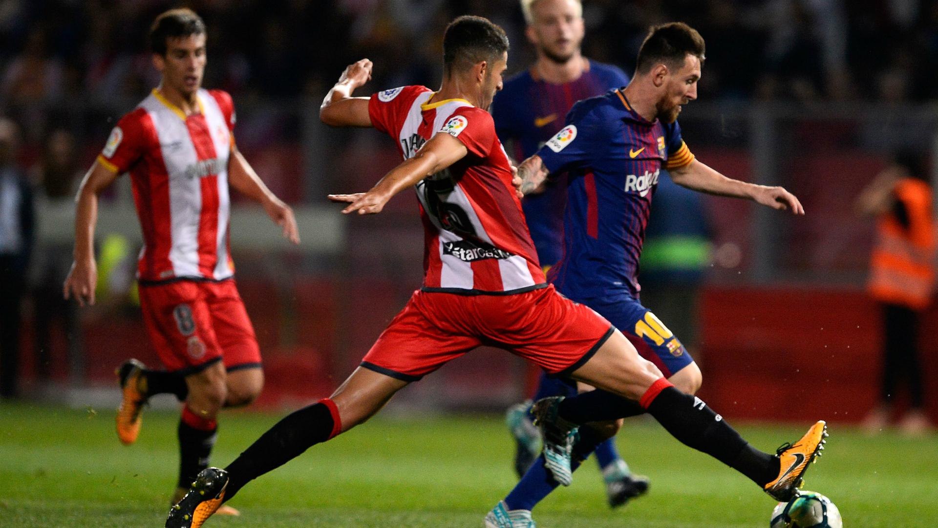 Photo of برشلونة يسحق جيرونا ويبتعد بصدارة الليغا