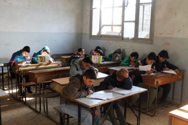Photo of المعمار: مدارسنا في إدلب 758 ونسبة التسرب 18 بالمئة