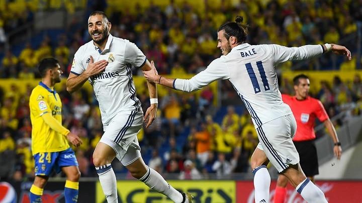 Photo of بيل وبنزيما يقودان ريال مدريد للفوز على لاس بالاماس في الدوري الإسباني