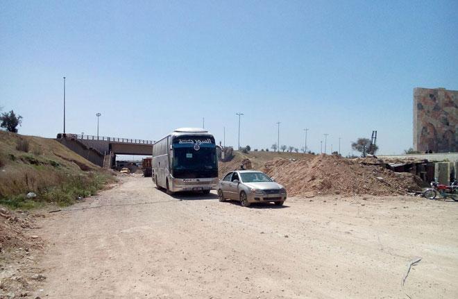 Photo of الدفعة الثالثة من مسلحي الغوطة وعائلاتهم إلى إدلب.. والعدد وصل 6500