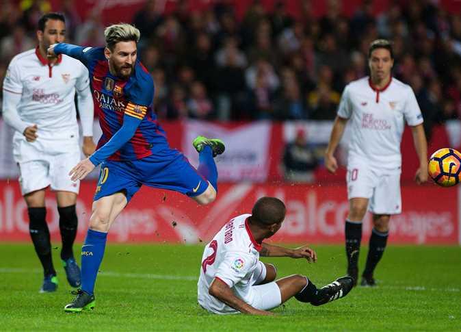 Photo of مباراة دراماتيكية تنتهي بالتعادل بين برشلونة وإشبيلية في الليغا