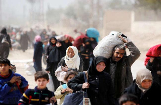 صورة خروج 128 ألف شخص من الغوطة الشرقية منذ بداية الهدنة الإنسانية