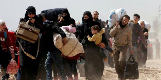 Photo of الجيش السوري يبدأ فتح شوارع حرستا مع استمرار خروج المدنيين المحتجزين من الغوطة