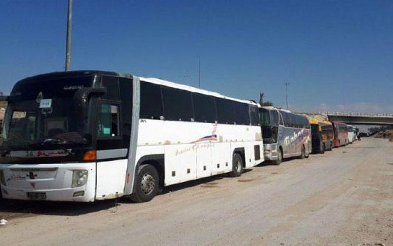 """Photo of بدء تنفيذ اتفاق يقضي بإخراج إرهابيي """"جيش الإسلام"""" من بلدة الضمير بريف دمشق إلى جرابلس"""
