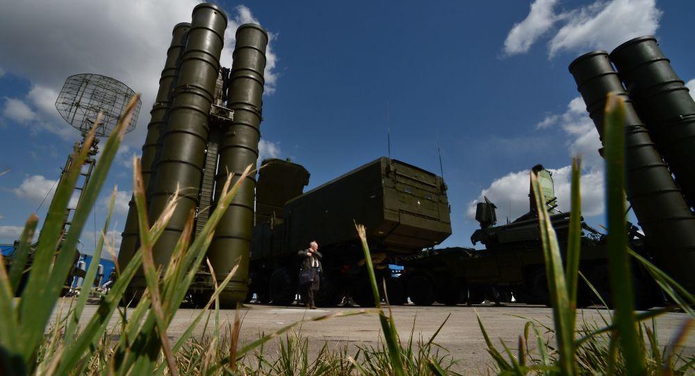 """Photo of الخارجية الروسية: لا قيود دولية على توريد منظومة """"إس – 300"""" إلى سورية"""