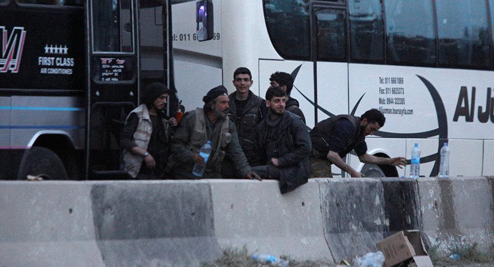 Photo of تفاصيل اتفاق مخيم اليرموك.. أهالي كفريا والفوعة إلى الحرية