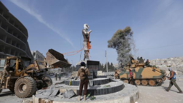 Photo of أنقرة تعين والياً على عفرين وتهدد باستهداف فرنسا إذا تعاونت مع الأكراد