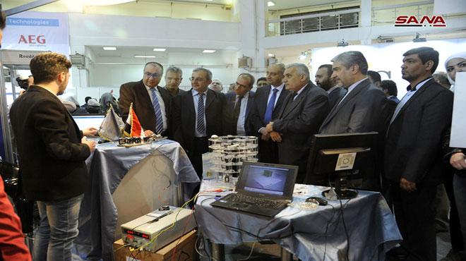 صورة وزير الاتصالات: قريباً إطلاق خدمات الجيل الرابع على شرائح الهاتف النقال