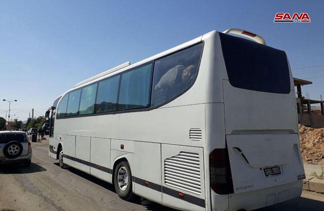 Photo of 12 حافلة تقل مئات الإرهابيين من القلمون الشرقي تتجه إلى شمال سورية
