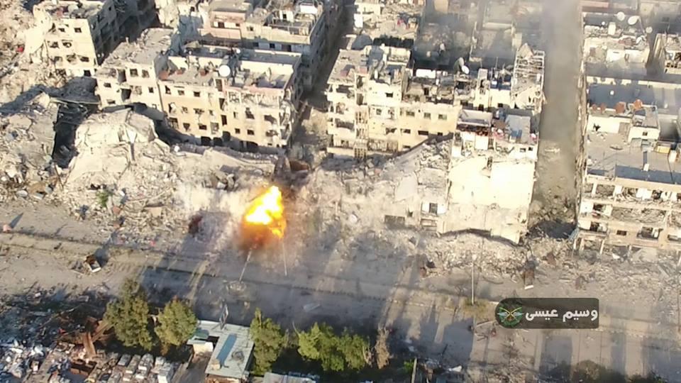Photo of الجيش يطهر حي المأذنية وأجزاء من طريق درعا القديم جنوب دمشق