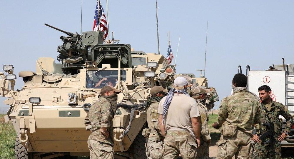 """صورة """"المقاومة الشعبية في الرقة"""" تستهدف قاعدة للاحتلال الأمريكي بقذائف الهاون"""