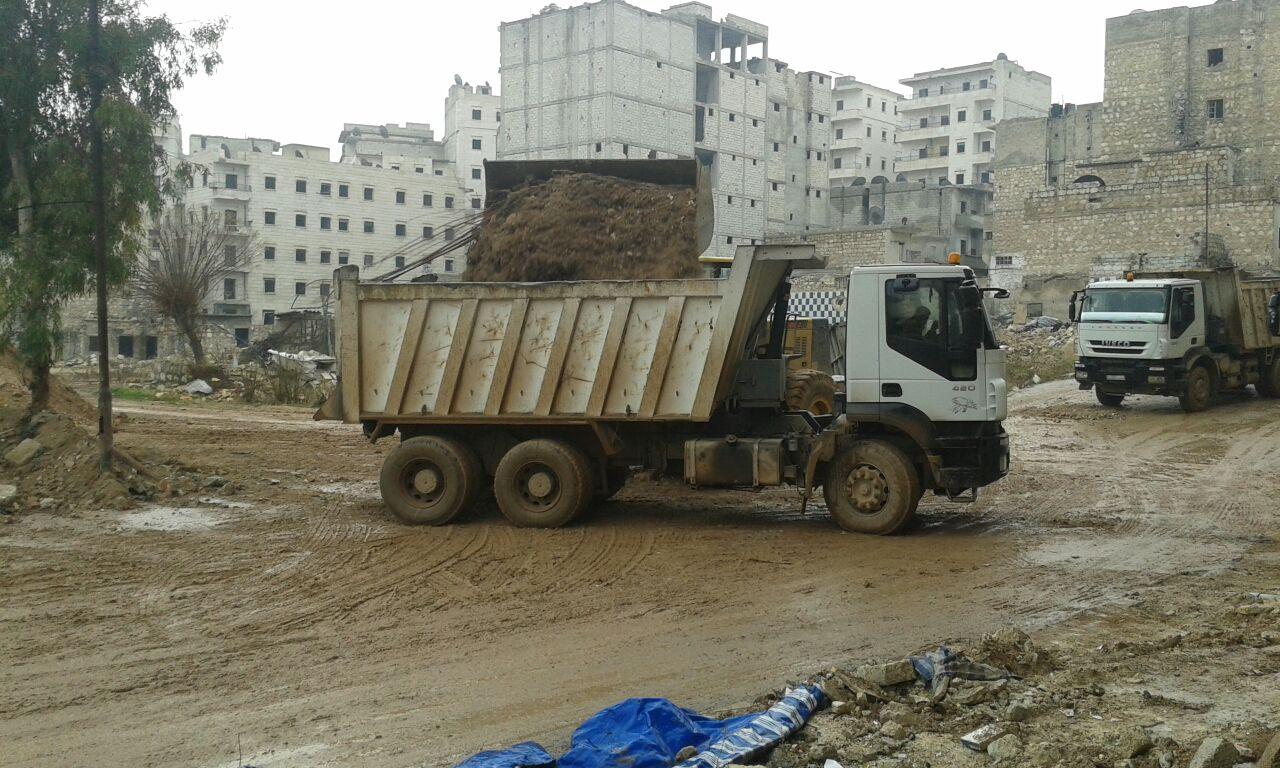 "Photo of صيانة آليات لترحيل أنقاض حلب على نفقة ""إنمائي"" الأمم المتحدة"