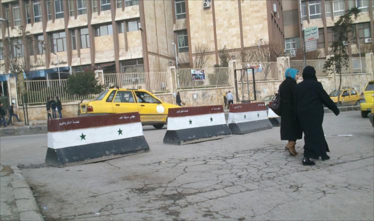 Photo of الحكومة تطلب رفع الخدمات في المناطق التي استقطبت أعداداً متزايدة من المواطنين