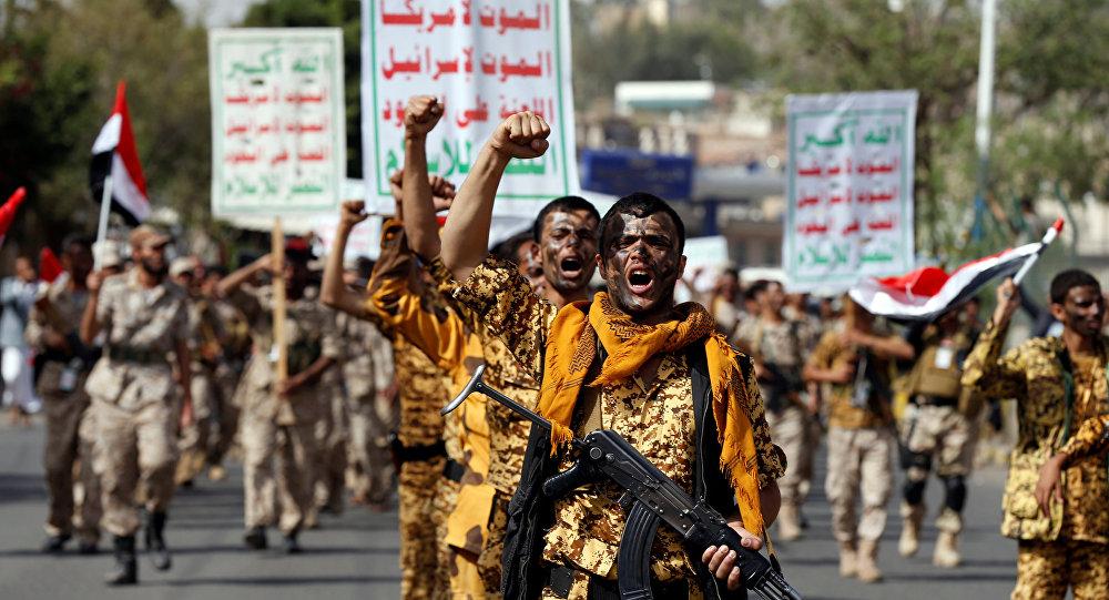 "Photo of ""أنصار الله"" يُفشلون الهجوم على الحديدة.. والإمارات تعترف بمقتل 4 من جنودها"
