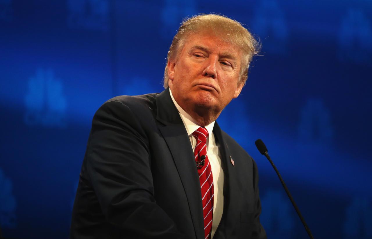 """صورة ترامب يطالب الصين بدفع 10 تريليونات دولار """"تعويضا"""" لأميركا"""