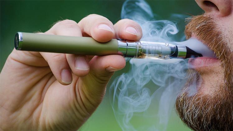 Photo of شركات تقدم منحاً دراسية مقابل التشجيع على التدخين