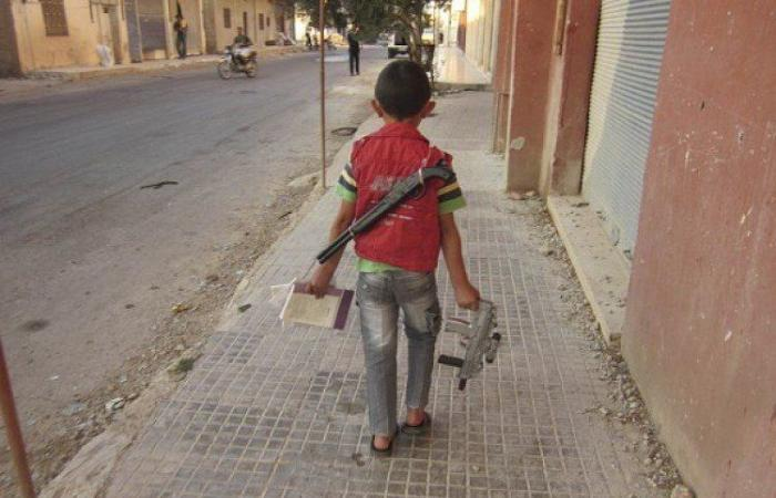 Photo of الانتهاكات بحق الأطفال تتواصل في العيد بمناطق المسلحين