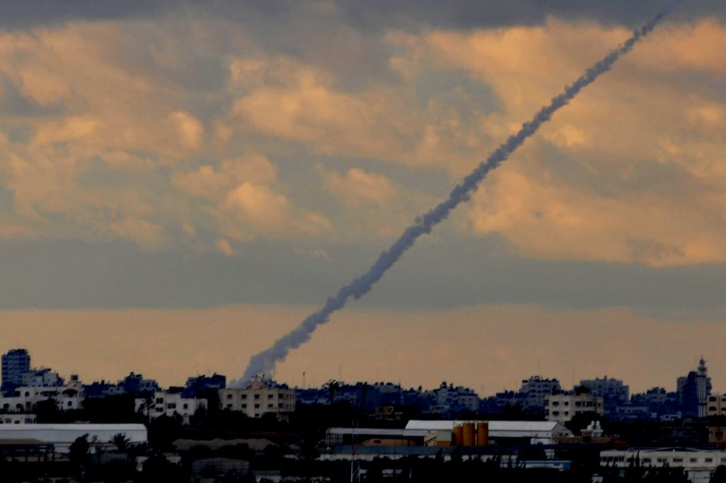 Photo of صفارات الإنذار تدوي من جديد في مستوطنات صهيونية محاذية لغزة