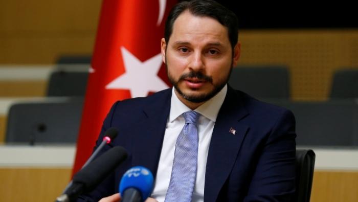 "Photo of ماذا قال أردوغان عن صهره.. ""وزير المالية"" الجديد؟"