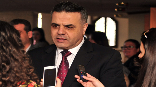 """Photo of وزير التربية لـ""""الوطن أون لاين"""": السماح لطلاب حمص وحماة بالتسجيل على الدورة الاستثنائية للتعليم الأساسي"""
