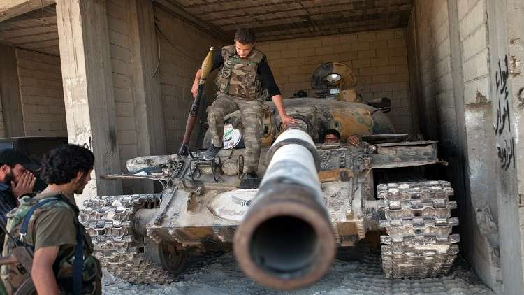 Photo of المركز الروسي للمصالحة: المسلحون في سورية سلموا 11 دبابة