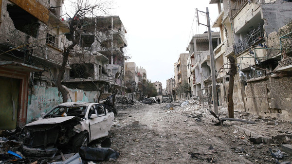 Photo of فتح ثلاث طرق إلى الغوطة ومليارات لترحيل الأنقاض