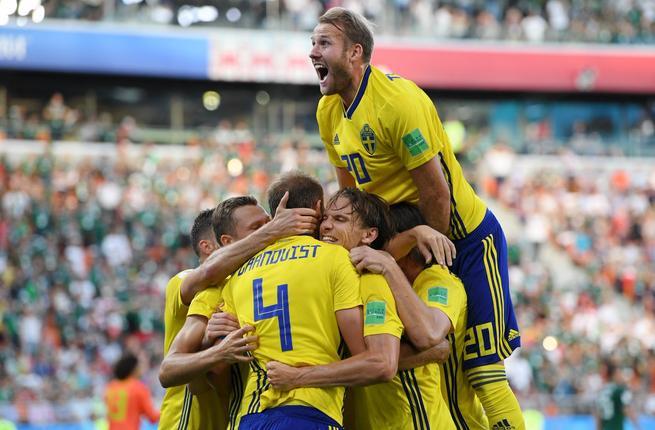 Photo of السويد من ملحق أوروبا إلى دور الثمانية في كأس العالم