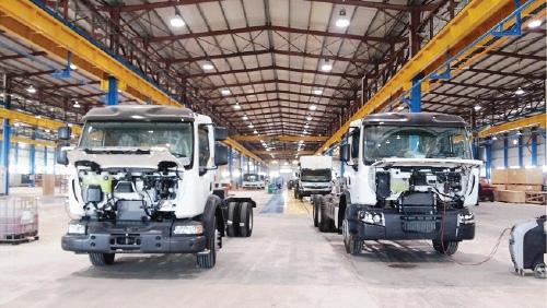 صورة عرض بيلاروسي لإقامة معمل لإنتاج باصات وشاحنات