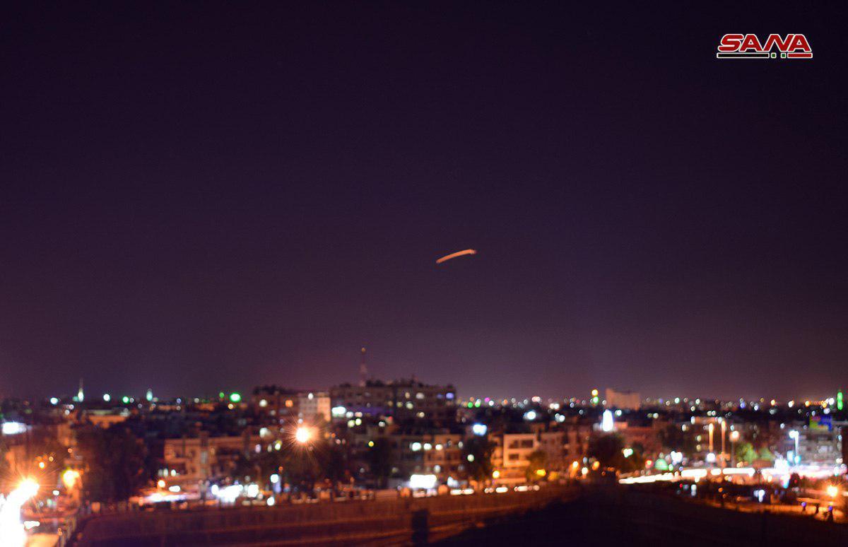 "Photo of عدوان صاروخي ""إسرائيلي"" على مطار دمشق.. والدفاعات الجوية السورية تتصدى"