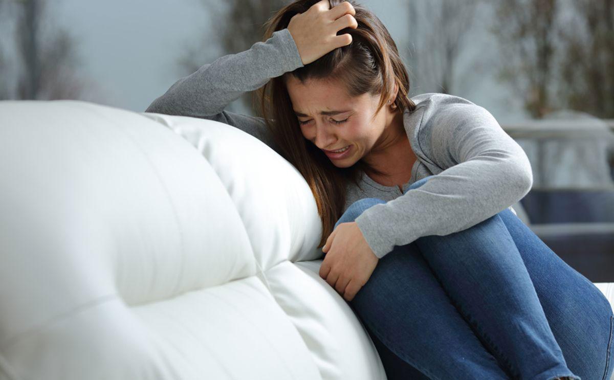 صورة البكاء مرة واحدة بالاسبوع يمكنك من العيش حياة خالية من الاجهاد