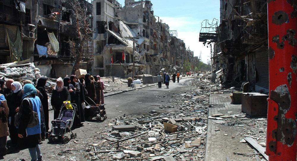 Photo of الحكومة تكلف محافظة دمشق بتأهيل مخيم اليرموك لعودة المهجرين