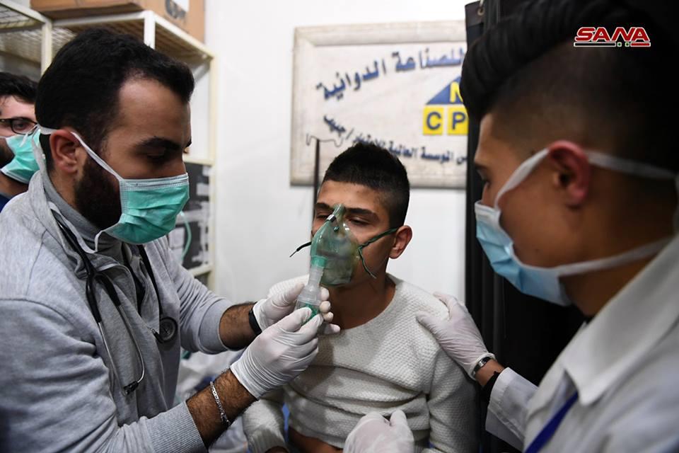 Photo of أكثر من 65 إصابة بقذائف إرهابي حلب.. والاشتباه بغازات سامة