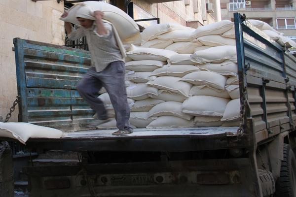 Photo of الغربي: لا نقص في الدقيق التمويني في حلب