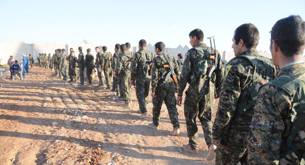 """صورة بعد دخول الجيش السوري منبج .. """"قسد"""" تسلم شرق الفرات للجيش السوري"""