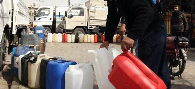 Photo of الحكومة: صك تشريعي لمنع التلاعب والتهريب للطحين والمشتقات النفطية