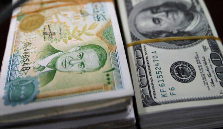Photo of إليكم ما حدث في سوق الصرف … إشاعة ترفع الدولار 25 ليرة في ساعة والمصرف المركزي يوضح