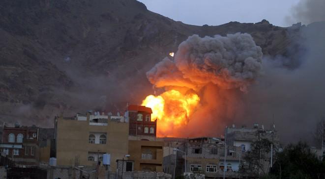 Photo of شهداء وجرحى بغارات للتحالف السعودي – الاميركي على صنعاء