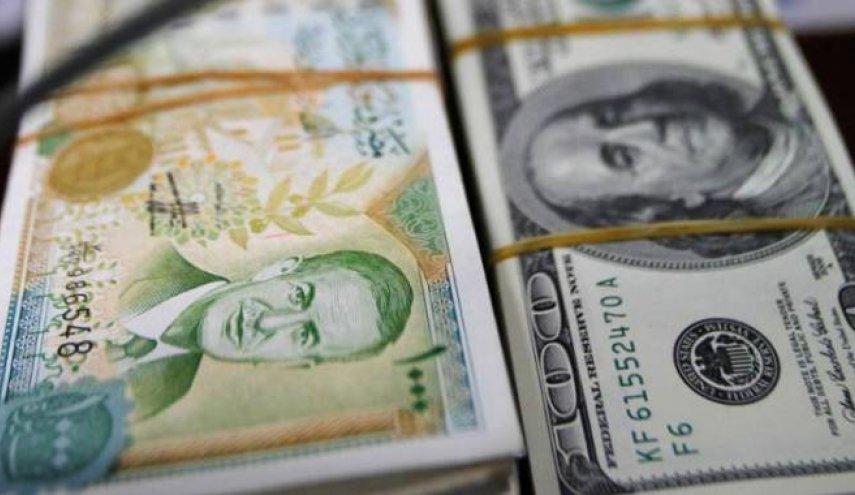 """Photo of خبير حول ارتفاع الدولار: صمت المركزي قد يفهم بشكل سلبي """"ولو كان إيجابياً"""".. وهناك عاملين مهمين؟"""